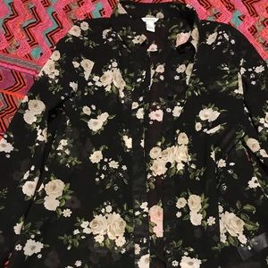 Floral blouse/long sleeve
